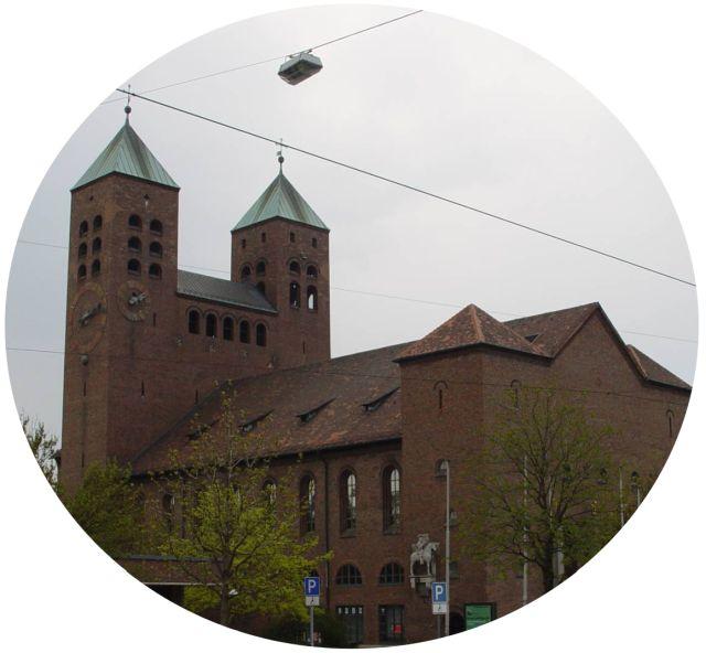 Gustav-Adolf-Gedächtniskirche - Lichtenhof